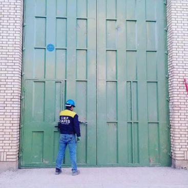 درب فلزی سنگین